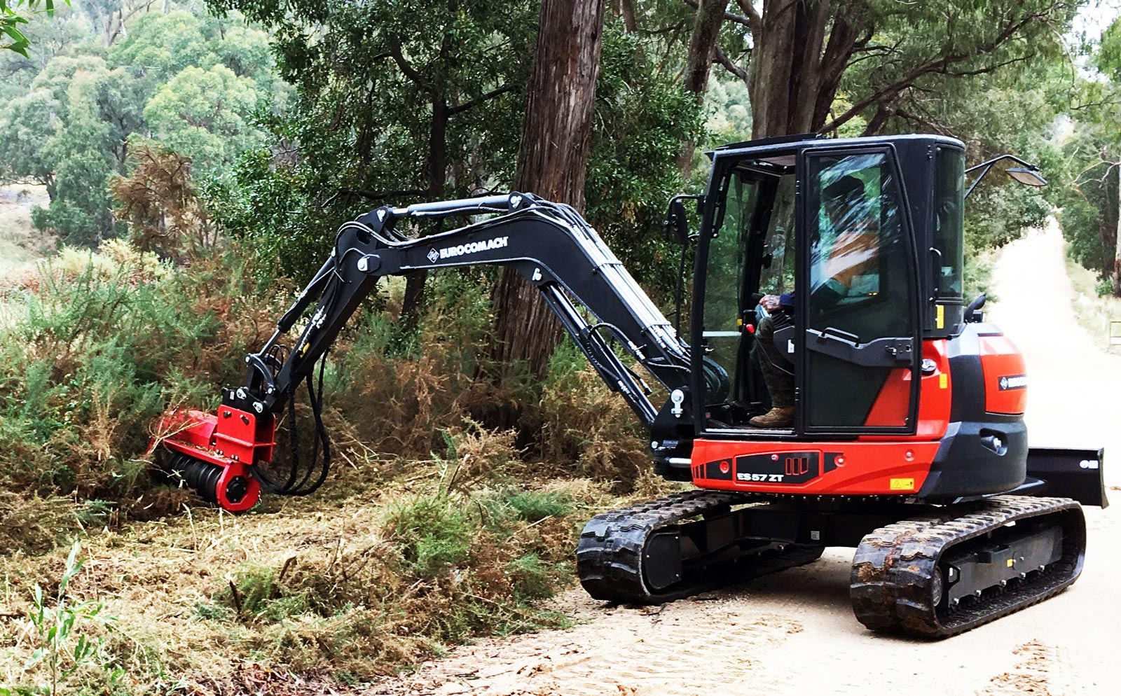FMX36 Excavator Mulcher Fecon