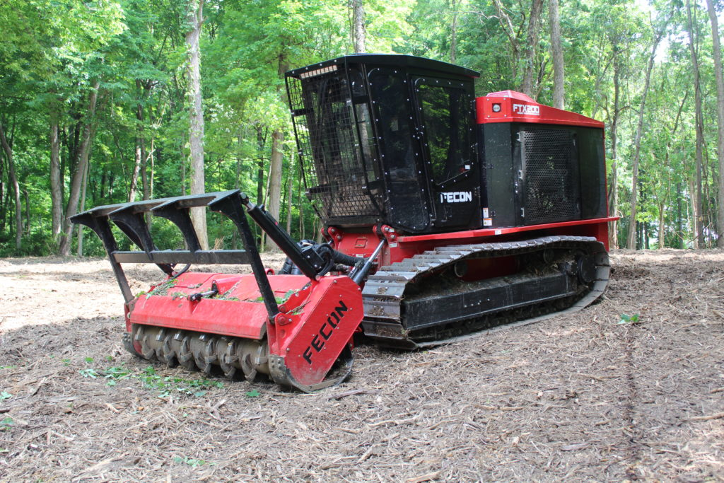 Fecon-FTX200-Forestry-Mulcher-Tractor-1
