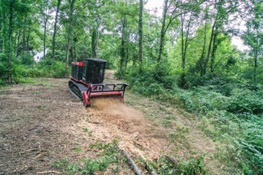 Fecon-FTX200-Forestry-Mulcher-Tractor-5