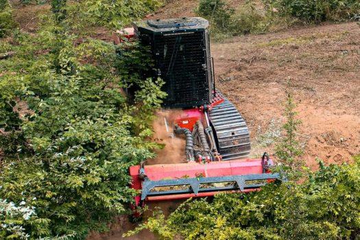 Fecon-FTX200-Mulching-Tractor-2